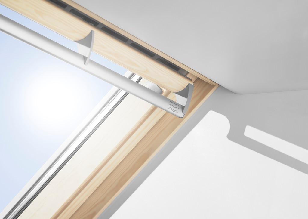 fen tre de toit velux ggl 3070q. Black Bedroom Furniture Sets. Home Design Ideas