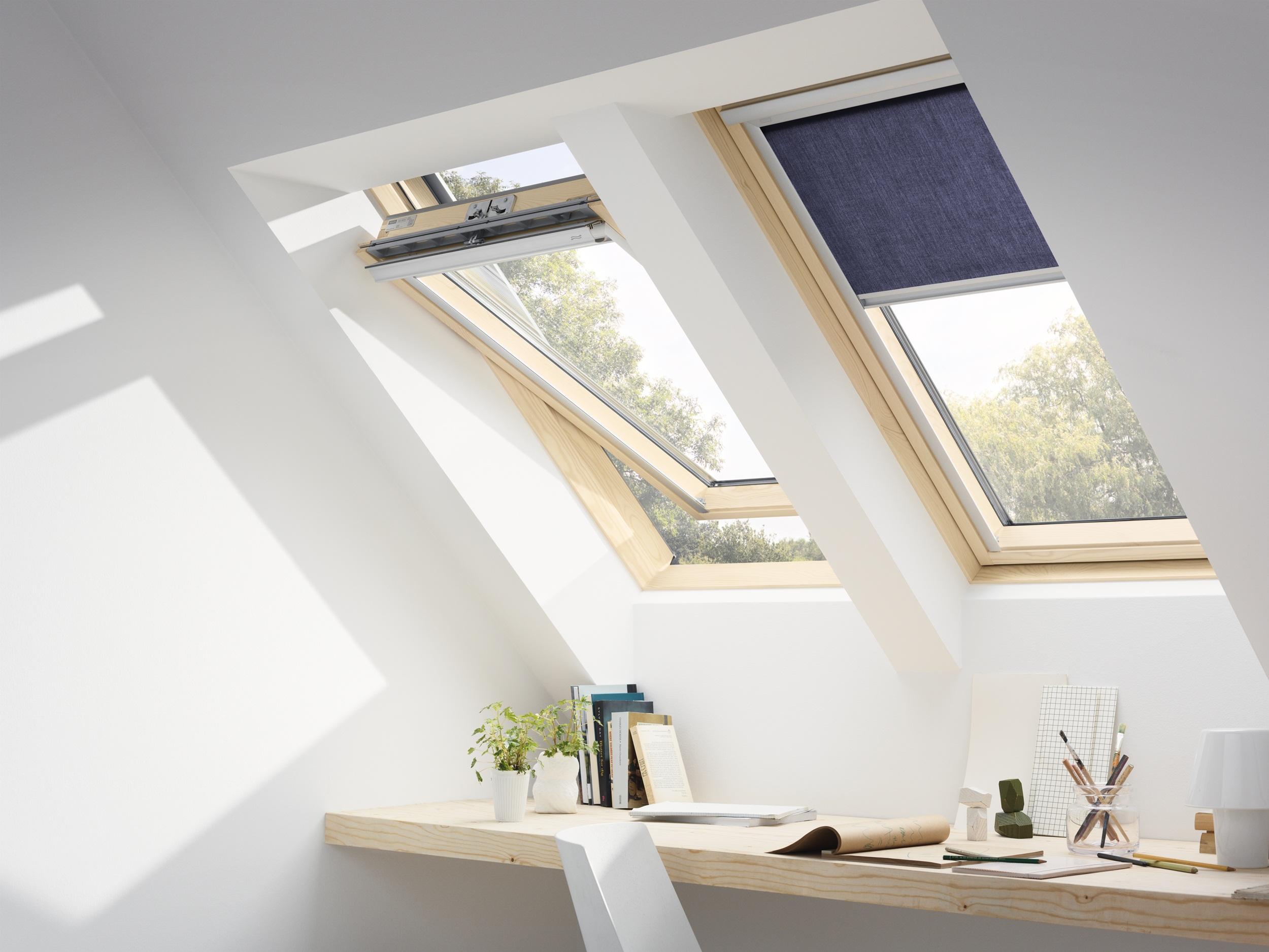 Fen tre de toit velux gzl 1051 finition bois massif - Velux fenetre de toit ...